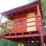 Egyedi tervek alapján készült játszóház fából